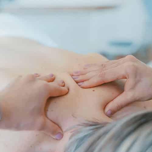 massage-bien-etre-soin-corps-peau-reflexologie
